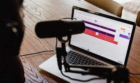 Sucesso do Spotify explica boom do mercado de podcasts
